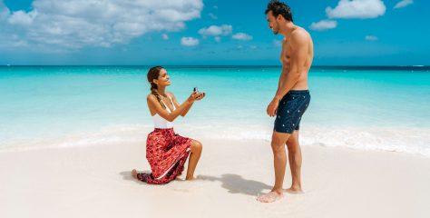 Más mujeres le proponen matrimonio a sus parejas