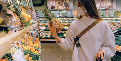 Los mexicanos prefieren hacer compras en el supermercado físico durante la pandemia