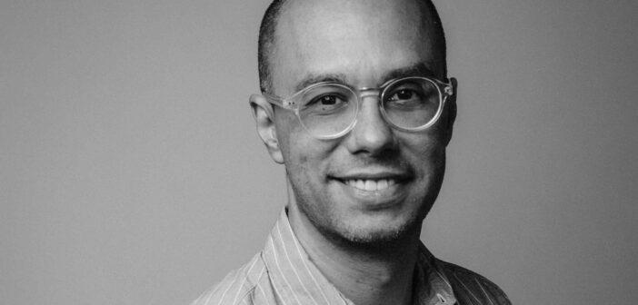 """Javier Macías de Bombay: """"Lo importante es evaluar el poder de una idea"""""""